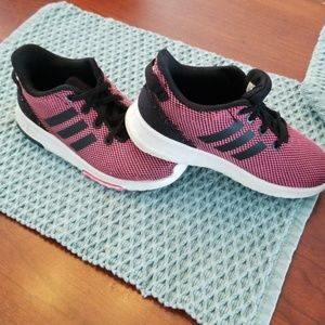 GUC Adidas sneakers size 10